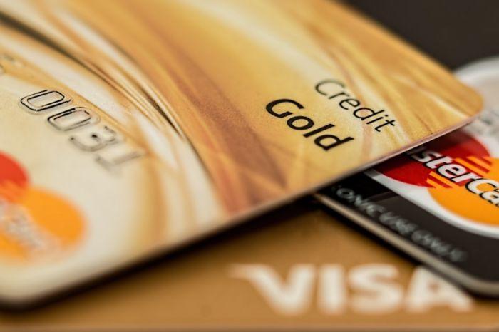 Кредит онлайн на карту: как получить, плюсы и минусы