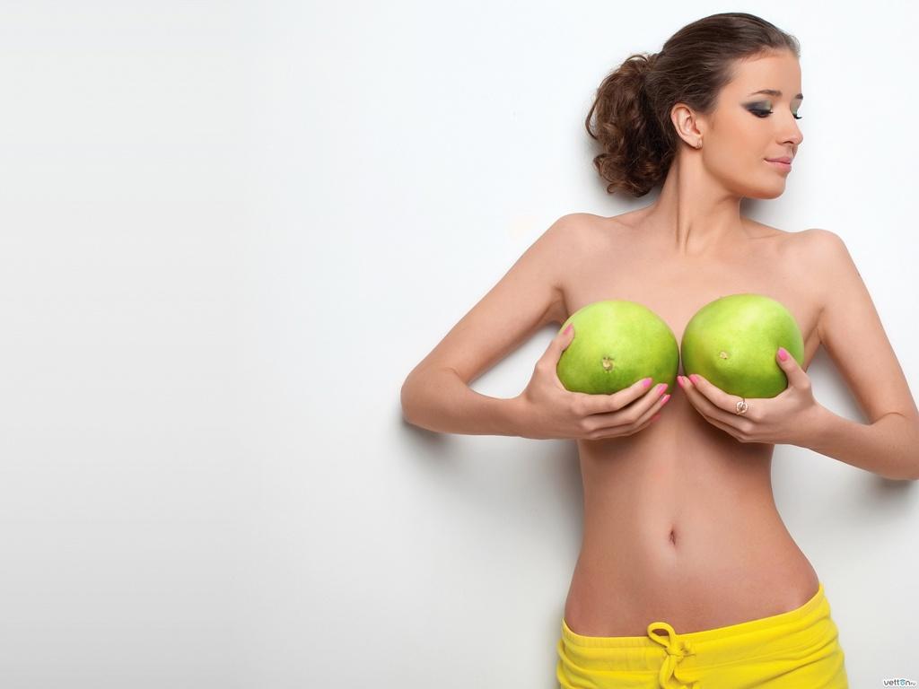 Увеличение груди: будущее за биосовместимыми имплантантами!